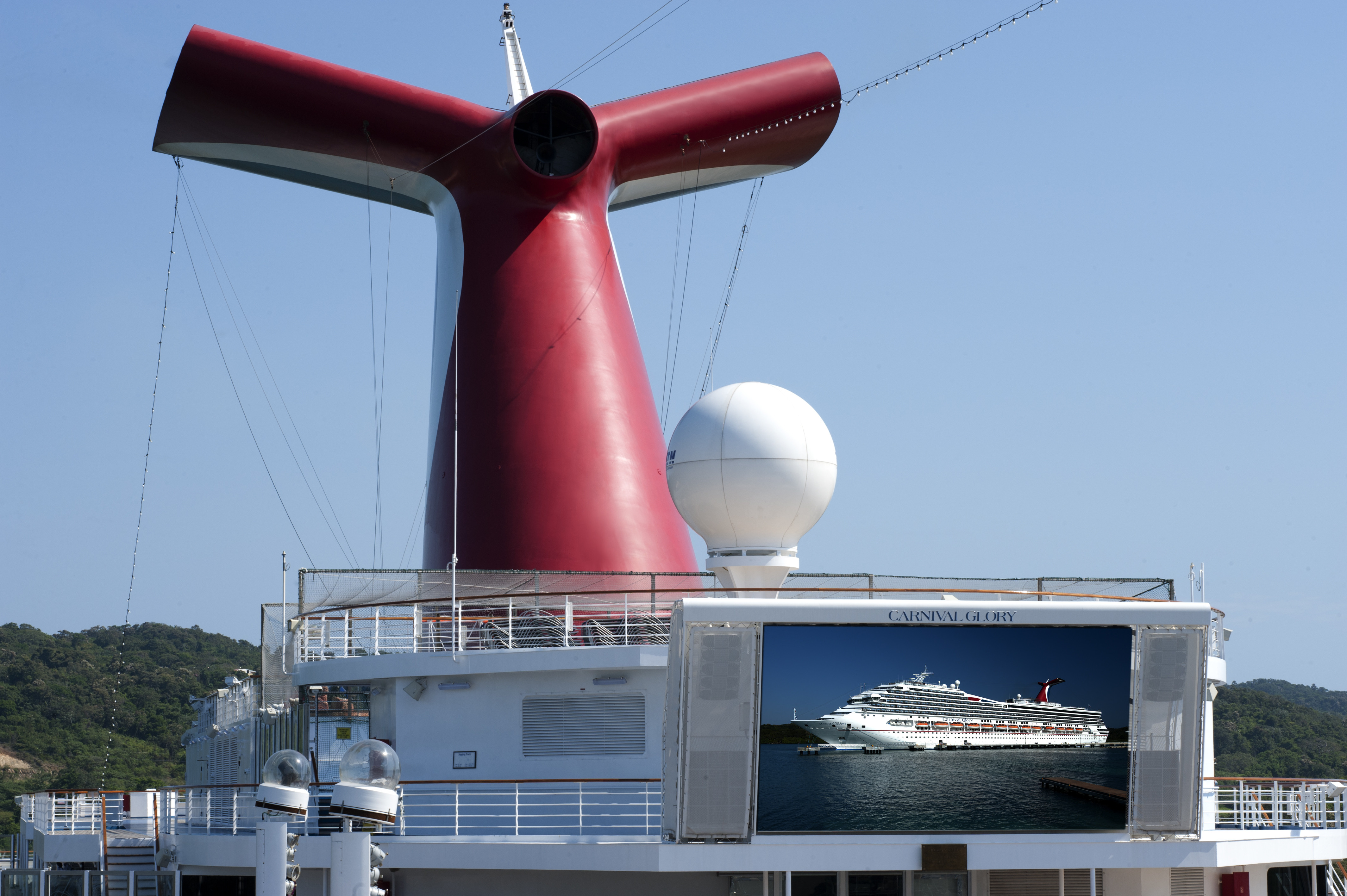 Why Carnival Won't Take a Stand on Vaccines for Cruise Passengers    Cruise.Blog
