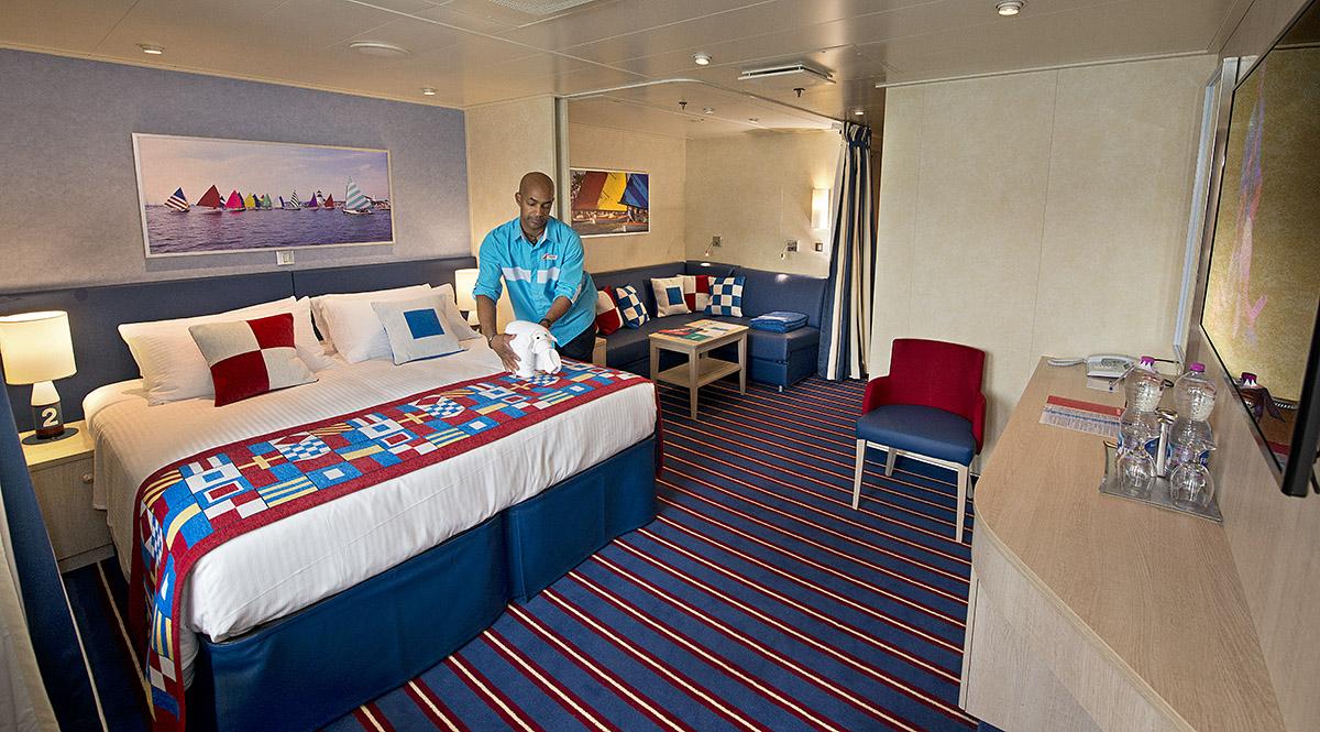 Compare: Carnival vs. Norwegian Cruise Line | Cruise.Blog