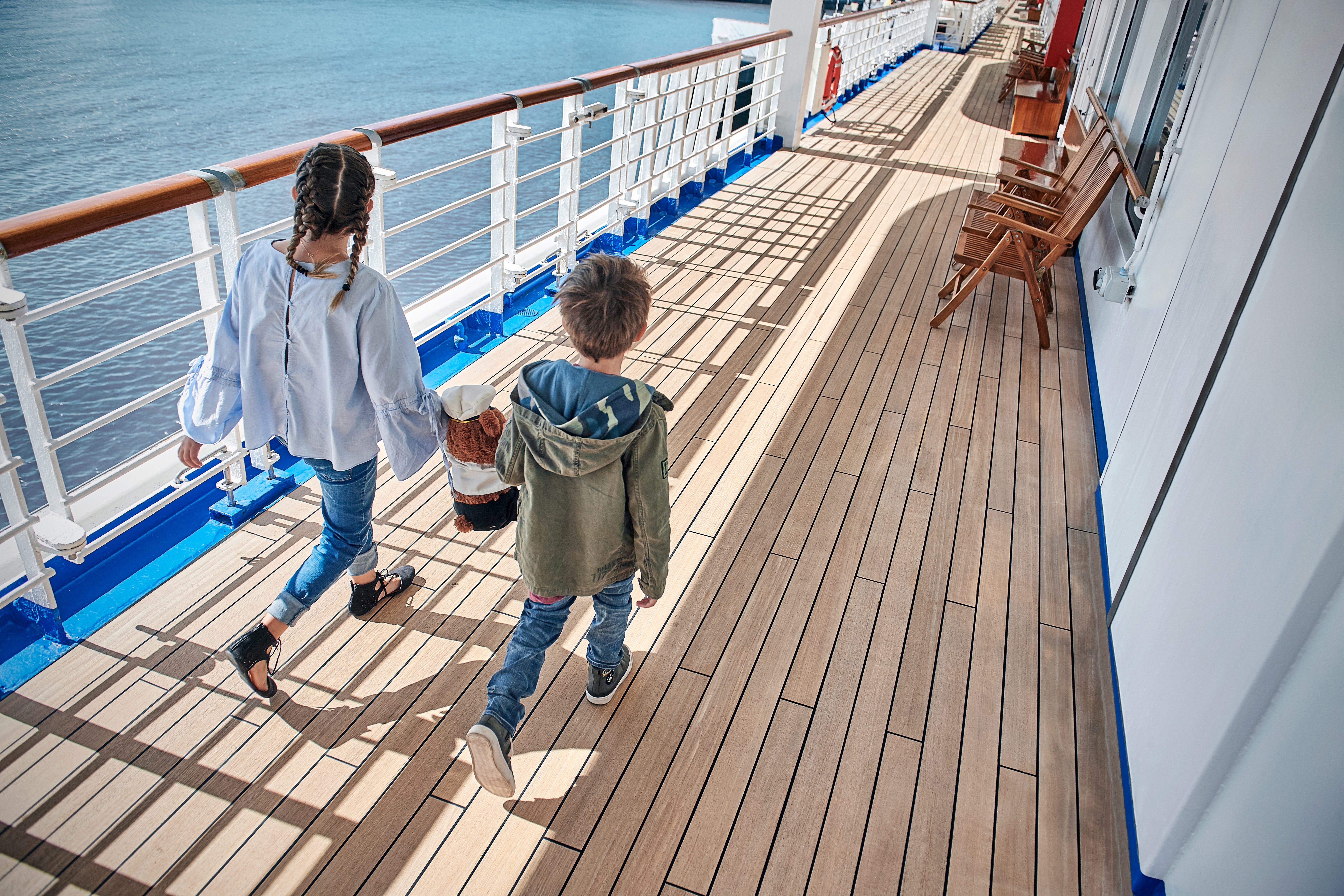 Kids on Princess cruises deck