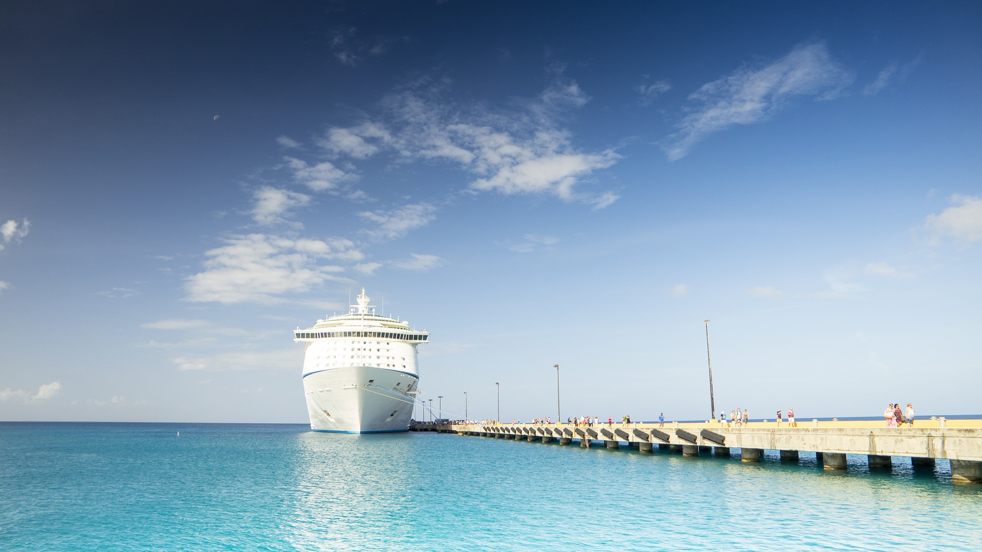 Why Do Cruise Ships Have to Call on Foreign Ports?   Cruise.Blog