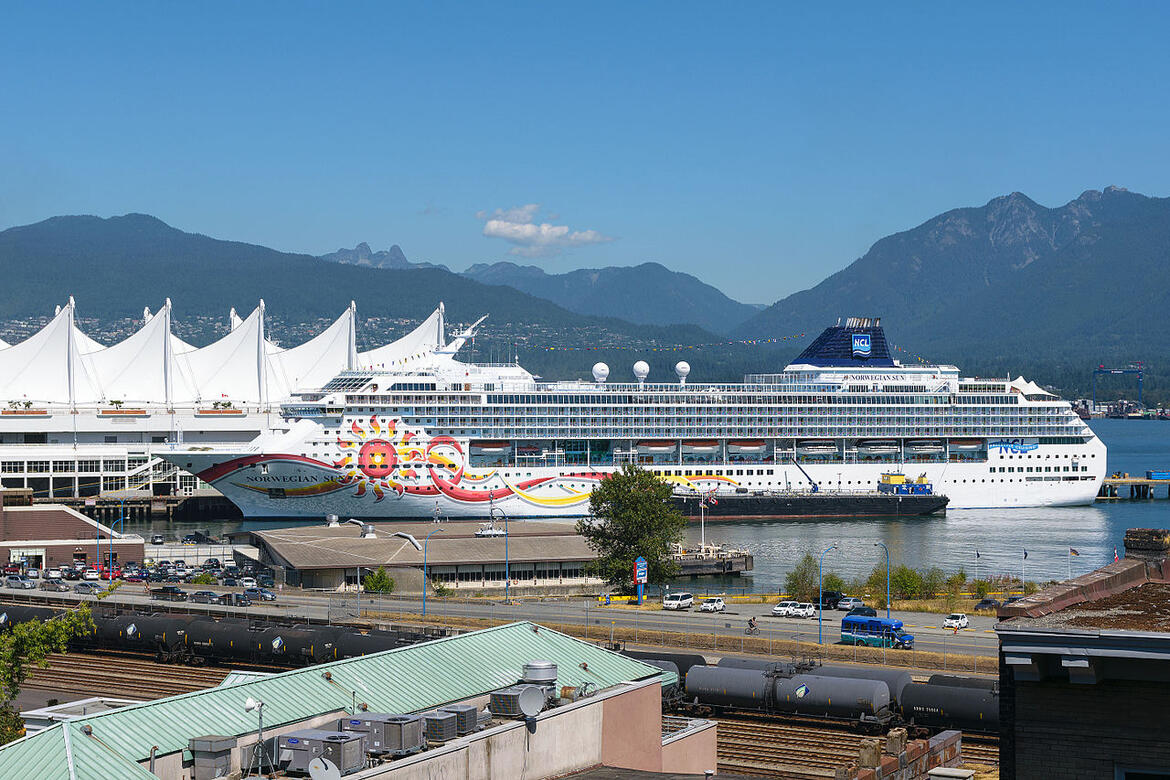 Port of Vancouver with Norwegian Sun