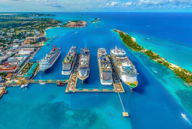 Ships docked side by side in Bahamas aerial view (source: Fernando Jorge, Unsplash)