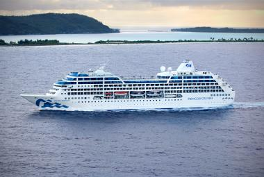 Pacific Princess sailing